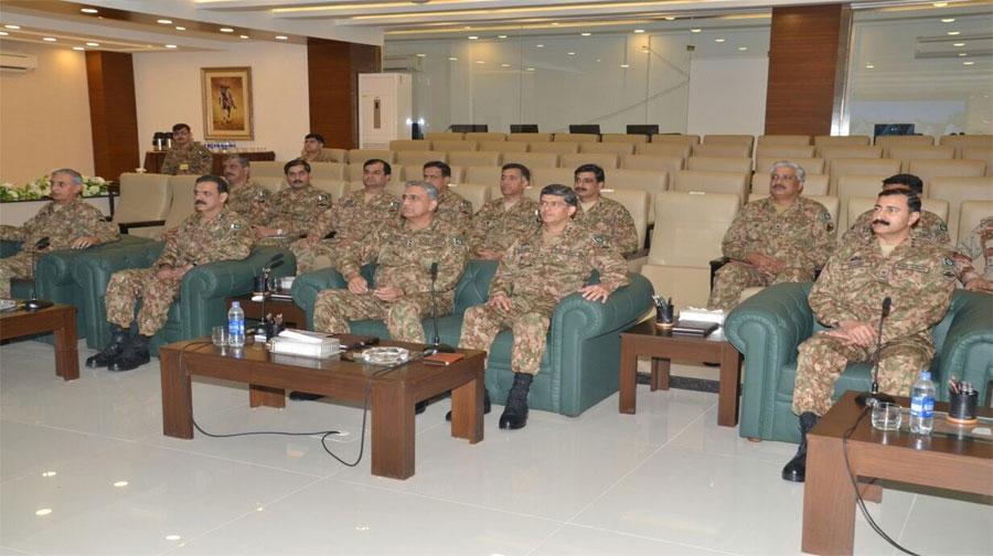 Photo of کراچی میں مستقل امن تک آپریشن جاری رہے گا، سربراہ پاک فوج