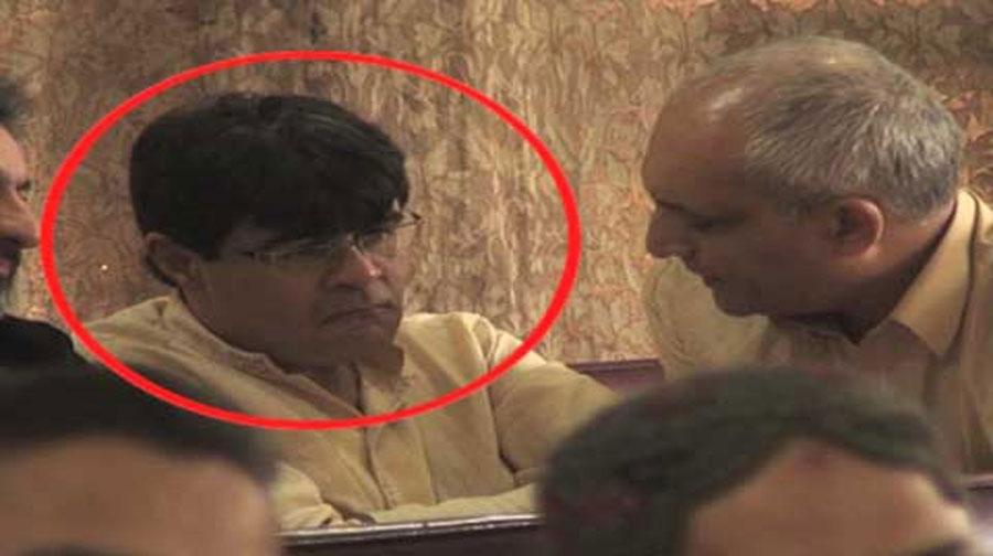 Photo of کراچی،معروف کرنسی ڈیلر جاوید خانانی کی خودکشی،نعش ورثا کے سپرد