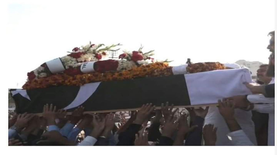 Photo of جنید جمشید کو دارالعلوم کراچی میں سپرد خاک کر دیا گیا