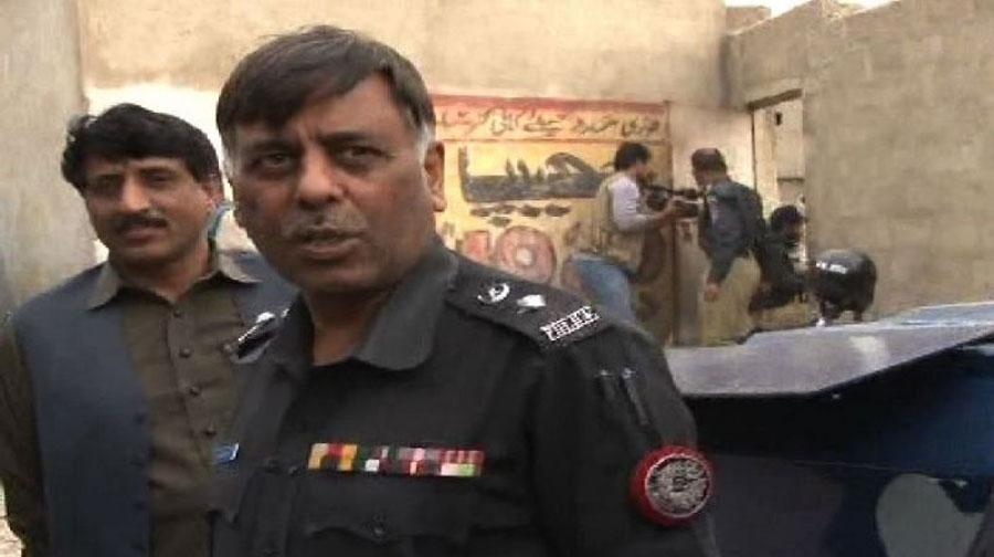 Photo of کراچی میں پولیس مقابلے کے دوران 6 دہشت گرد ہلاک، ایس ایس پی راؤ انوار