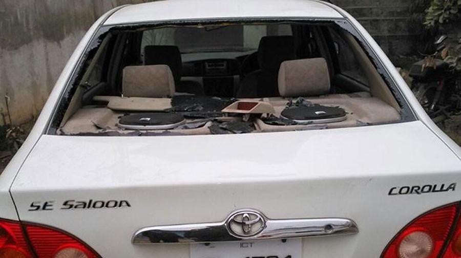 Photo of اسلام آبادمیں کارنہ روکنےپرپولیس اہلکارکی فائرنگ