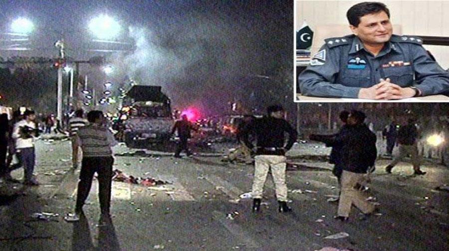 Photo of لاہور میں دھماکا، ڈی آئی جی ٹریفک اور ایس ایس پی شہید، متعدد افراد زخمی