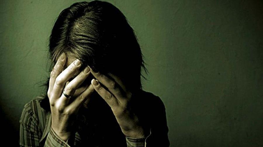 Photo of ڈیرہ غازی خان میں لڑکی کو پولیس اہلکارسمیت 6 افراد نے زیادتی کا نشانہ بنا ڈالا