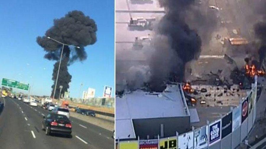 Photo of آسٹریلیا میں مسافر طیارہ شاپنگ سینٹر پرگر کر تباہ، 5 افراد ہلاک