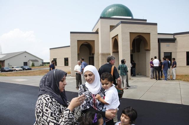 Photo of امریکہ: 5 مساجد کو بم، موت و دیگر نفرت آمیز دھمکیاں موصول