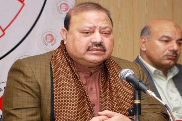 Photo of آزاد کشمیر کے پرامن ماحول کو خراب نہ کیا جائے، بیرسٹر سلطان