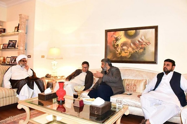 Photo of ناصر عباس اور حامد رضا کی چوہدری شجاعت سے ملاقات، پانامہ سمیت سیاسی امور پر تبادلہ خیال