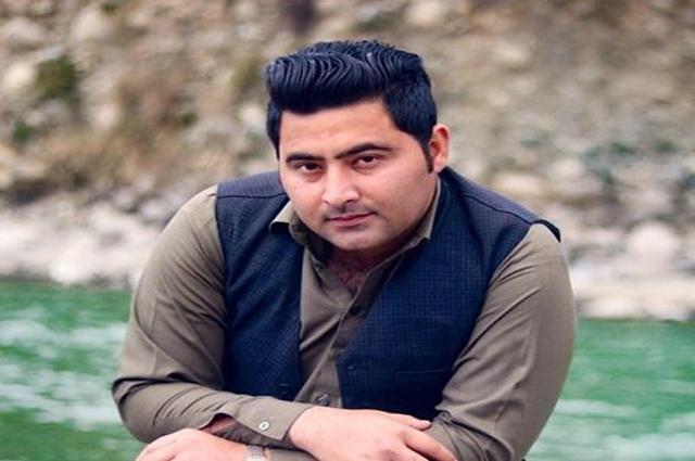 Photo of مردان، عبد الولی خان یونیورسٹی گارڈن کیمپس میں مبینہ توہین رسالت کے الزام میں   طالب علم قتل