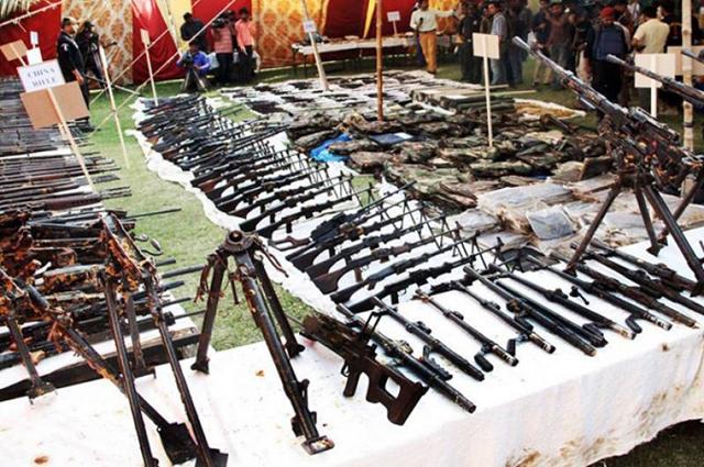 Photo of قومی دھارے میں شامل ہونے کیلئے سندھ میں 50 دہشت گردوں نے خود کو رینجرز کے حوالے کردیا
