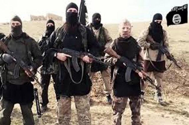 Photo of داعش نے پشاور میں اہم طالبان کمانڈر قتل کردیا، اہم دعویٰ سامنے آگیا
