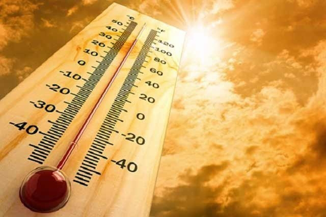 Photo of کراچی میں سورج کا پارہ ہائی، درجہ حرارت 41 ڈگری تک پہنچ گیا
