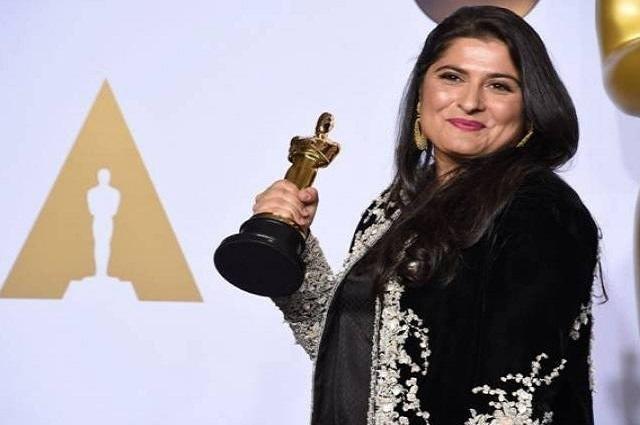 Photo of شرمین عبید چنائے کی 'اے گرل ان دی ریور' نے رابرٹ کینیڈی ایوارڈ جیت لیا