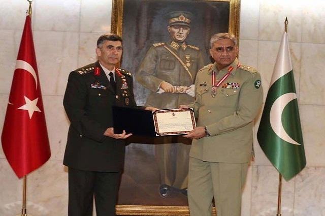 Photo of آرمی چیف کو ترک فوج کی جانب سے ''لیجن آف میرٹ'' ایوارڈ سے نوازا گیا