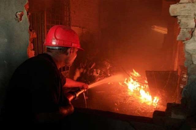 Photo of کراچی میں گتے کی فیکٹری میں آتشزدگی سے 3 ملازمین زخمی
