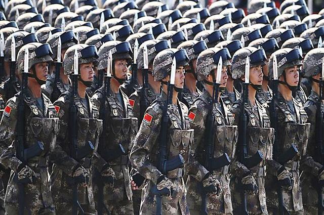Photo of چین نے اپنی فوج کی تعداد آدھی کرنے کا فیصلہ کرلیا، لیکن کیوں؟ وجہ ایسی کہ کوئی پاکستانی تصور بھی نہیں کرسکتا