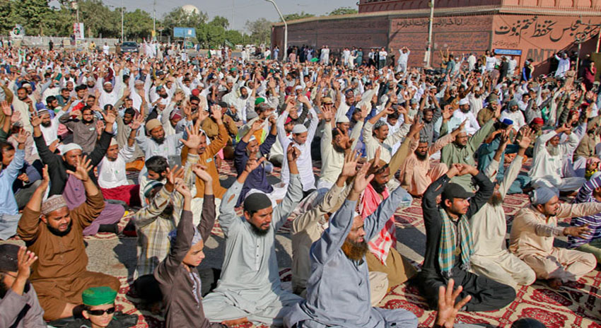 Photo of اسلام آباد کے بعد کراچی میں بھی مذہبی جماعتوں کے دھرنے کے خلاف آپریشن کی تیاریاں شروع