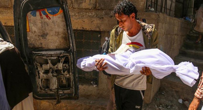Photo of یمن پر سعودی عرب کی بربریت کے نتیجے میں ہر 4 منٹ میں ایک یمنی بچہ شہید ہوتا ہے