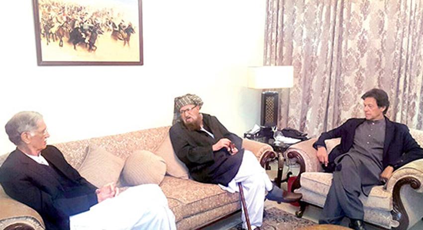 Photo of طالبان گارڈ فادر اور عمران خان کا اتحاد