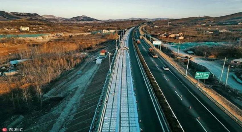 Photo of دنیا کی پہلی بجلی بنانے والی سڑک آزمائش کیلئے کھول دی