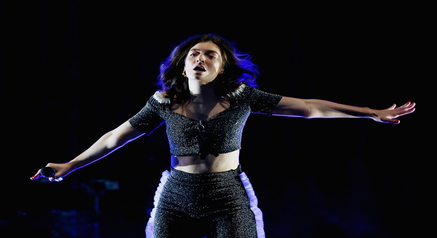 Photo of نیوزی لینڈ کی گلوکارہ نے فلسطینیوں پر مظالم کیخلاف اسرائیل میں کنسرٹ منسوخ کردیا