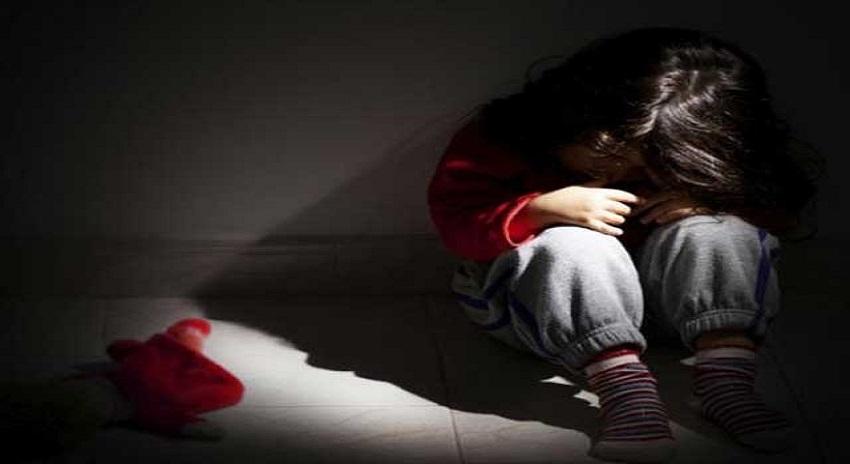 Photo of کراچی میں بچیوں سے چوکیدار کی بدتمیزی، شہریوں کا اسکول پر دھاوا