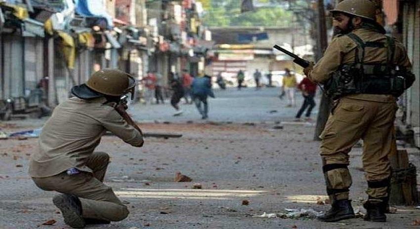 Photo of مقبوضہ کشمیر میں بھارتی فوجی آپریشن کے دوران 5 کشمیری شہید