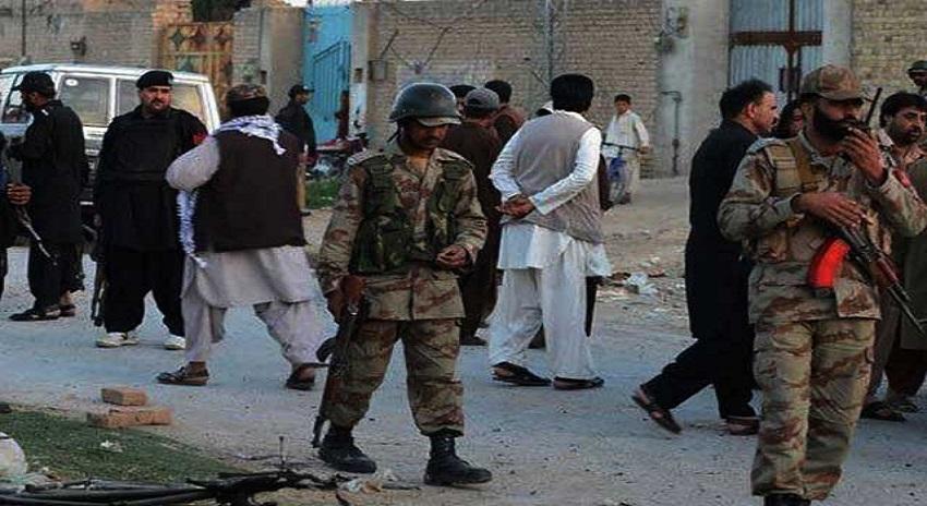 Photo of دہشتگردوں کی سکیورٹی فورسز کانوائے پہ فائرنگ، 5 اہلکار شہید، 6 زخمی
