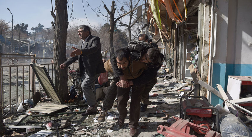 Photo of کابل میں ایمبولینس کے ذریعے خودکش حملہ، 63 افراد ہلاک، 151 زخمی