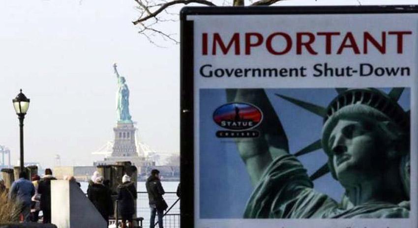 Photo of امریکا میں شٹ ڈاؤن کے باعث کاروباری ہفتے کے آغاز پر سرکاری امور معطل