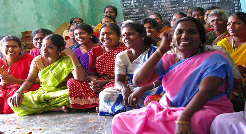 Photo of تمام غریب عورتوں کے جسموں میں یہ چیز مفت میں لگا دو، بھارتی حکومت نے ایسا اعلان کردیا کہ ہنگامہ برپا ہوگیا