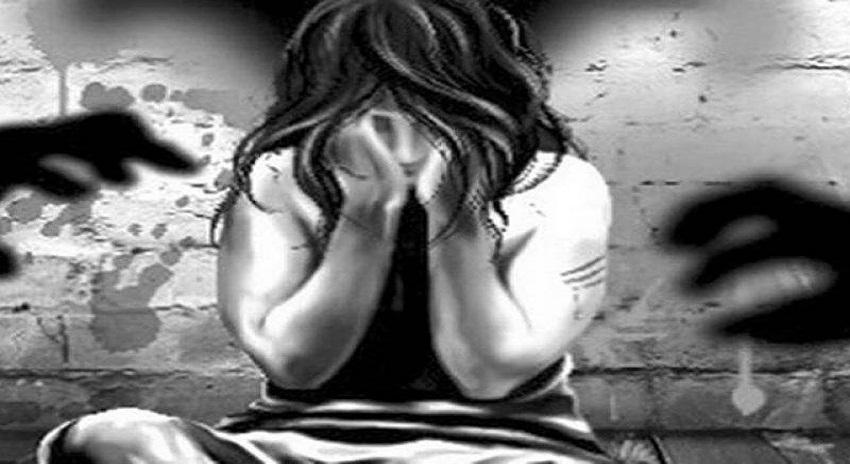 Photo of چیچہ وطنی میں 8 سالہ بچی کو زیادتی کے بعد زندہ جلا دیا گیا