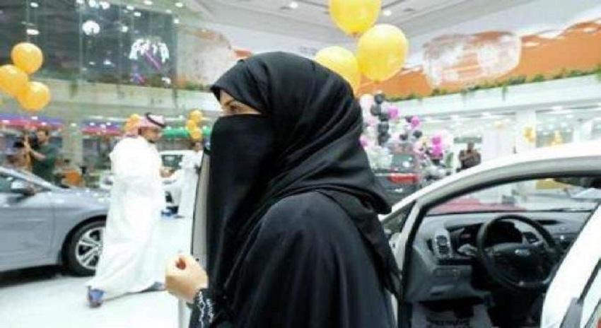 Photo of خواتین کو عوامی مقامات پر عبایہ پہنے کی ضرورت نہیں ہے، سعودی مفتی