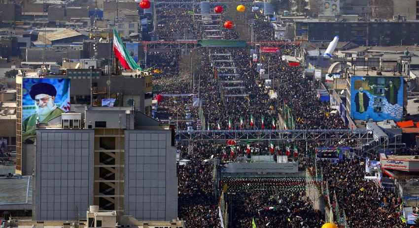 Photo of ایران، اسلامی انقلاب کی سالگرہ، ریلیوں میں ایرانی عوام کی تاریخی شرکت