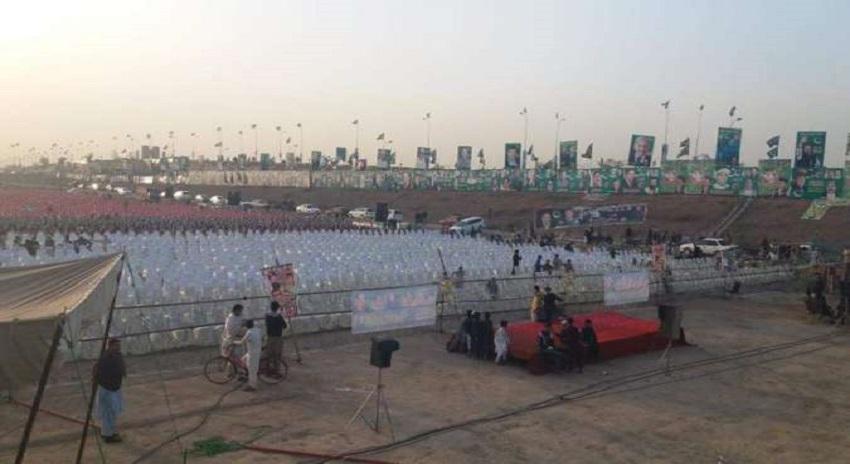 Photo of مسلم لیگ (ن) نے سیاسی طاقت کا مظاہرہ کرنے کیلئے پشاور میں پنڈال سجالیا
