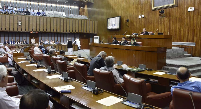 Photo of سی پیک منصوبوں پر تحفظات دور کرانے چاہئیں، سینیٹ کمیٹی