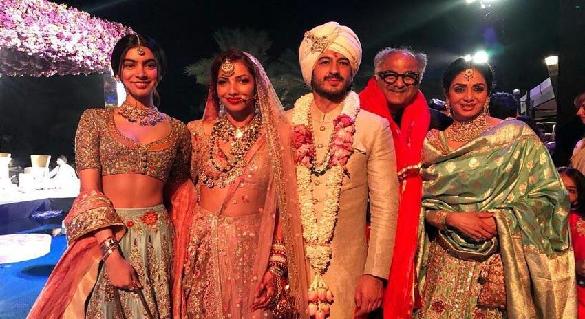 Photo of سری دیوی کا انتقال لیکن وہ دبئی میں کس کی شادی کی تقریبات میں شرکت کیلئے گئی تھیں؟ جان کرآپ کی آنکھیں بھی نم ہوجائیں گی