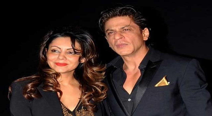 Photo of شاہ رخ خان اپنی اہلیہ گوری کو اکیلا چھوڑ گئے