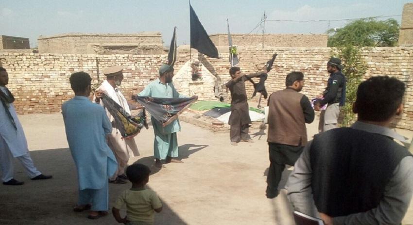 Photo of ڈی آئی خان، امام بارگاہ پہ تکفیری شر پسندوں کا مسلح حملہ، علم کی بیحرمتی