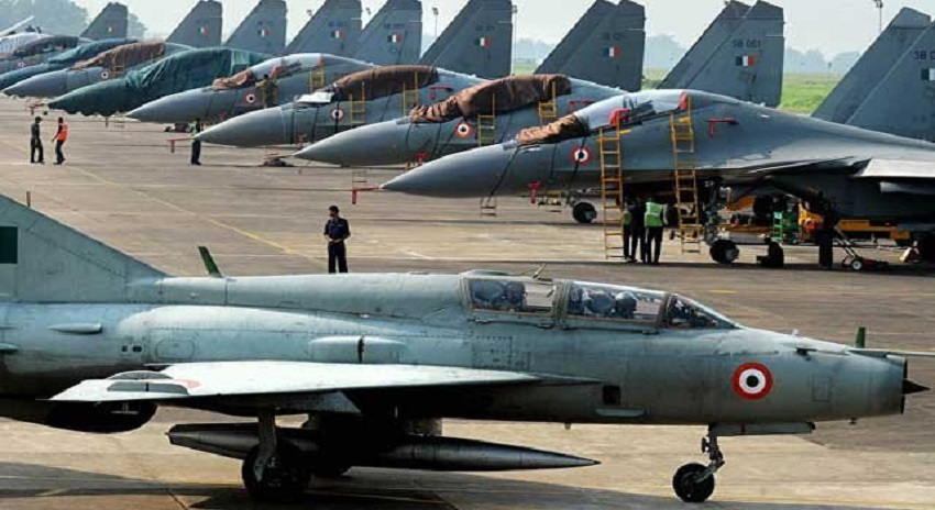 Photo of جنگی جنون میں مبتلا بھارت نے 110 جنگی طیارے خریدنے اور جنگی مشقوں کا اعلان کر دیا