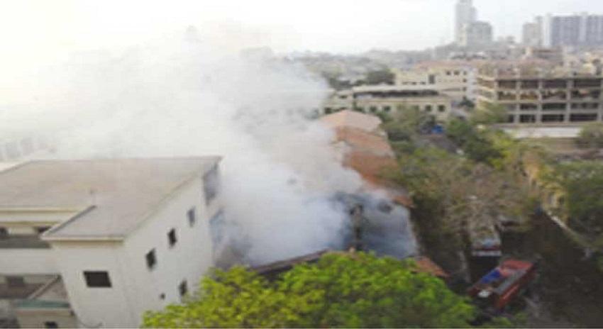 Photo of سٹی کورٹ کے مال خانے میں خوفناک آتشزدگی، تمام سامان جل گیا اور ریکارڈ بھی