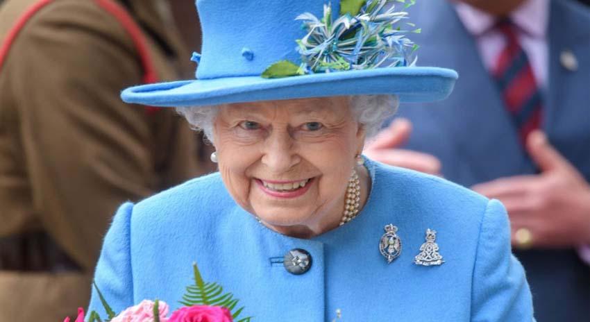 Photo of برطانوی ملکہ کا نبی پاک ﷺ سے کیا تعلق ہے؟ تاریخ میں پہلی مرتبہ تحقیق کاروں نے تہلکہ خیز دعوٰی کردیا، ہر کوئی دنگ رہ گیا