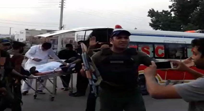 Photo of احسن اقبال پر حملہ کرنے والے ملزم نے گولیاں چلانے کی وجہ بتا دی، تعلق خادم رضوی گروپ سے نکل آیا