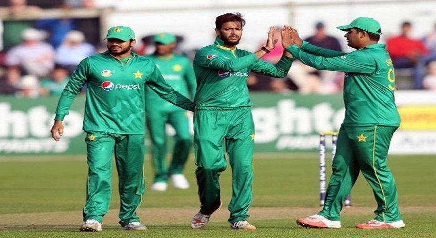 Photo of پاکستان شکست کا ازالہ کرنے کیلیے بے چین، آج زمبابوے سے مقابلہ