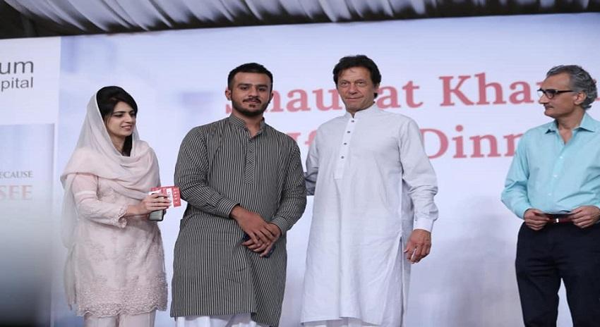 Photo of جناح کا پاکستان جس مقصد کے لیے بنا تھا اس سے ہٹ گیا ہے، عمران خان