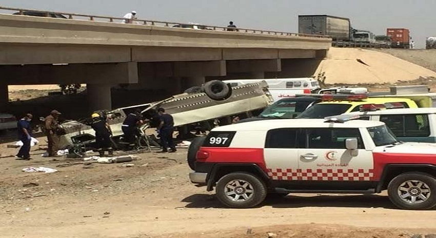 Photo of مکہ سے مدینہ جانے والی بس کو حادثہ، 9 عمرہ زائرین جاں بحق