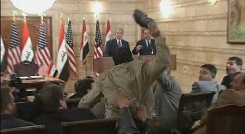 Photo of بش کو جوتے سے نشانہ بنانے والے کا اگلا نشانہ