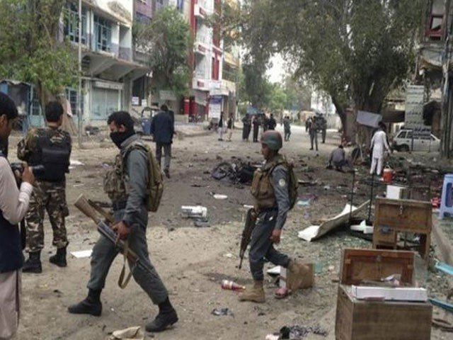 Photo of افغانستان میں کسٹم ڈپارٹمنٹ پر حملہ اور جھڑپیں، 8 فوجیوں سمیت 17 افراد ہلاک