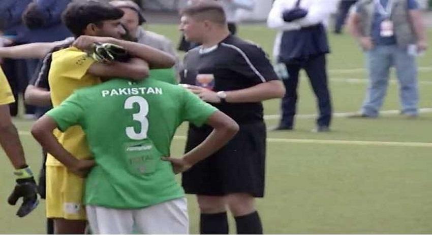 Photo of اسٹریٹ چلڈرن فٹبال ورلڈ کپ، ازبکستان نے پاکستان کو فائنل میں شکست دے دی