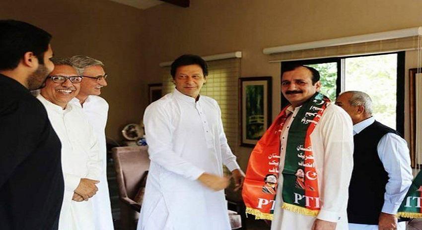 Photo of تحریک انصاف نے (ن) لیگ کی مزید 2 وکٹیں گرا دیں