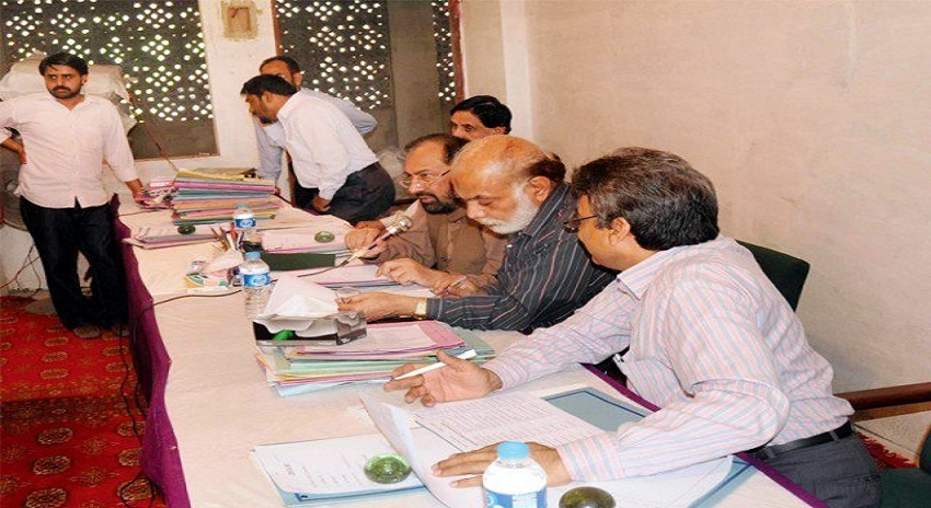 Photo of الیکشن کمیشن نے امیدواروں کا مکمل ڈیٹا ریٹرننگ افسران کو بھجوا دیا